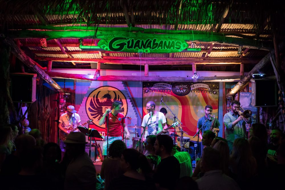 Top Restaurants For Live Music The Atlantic Current