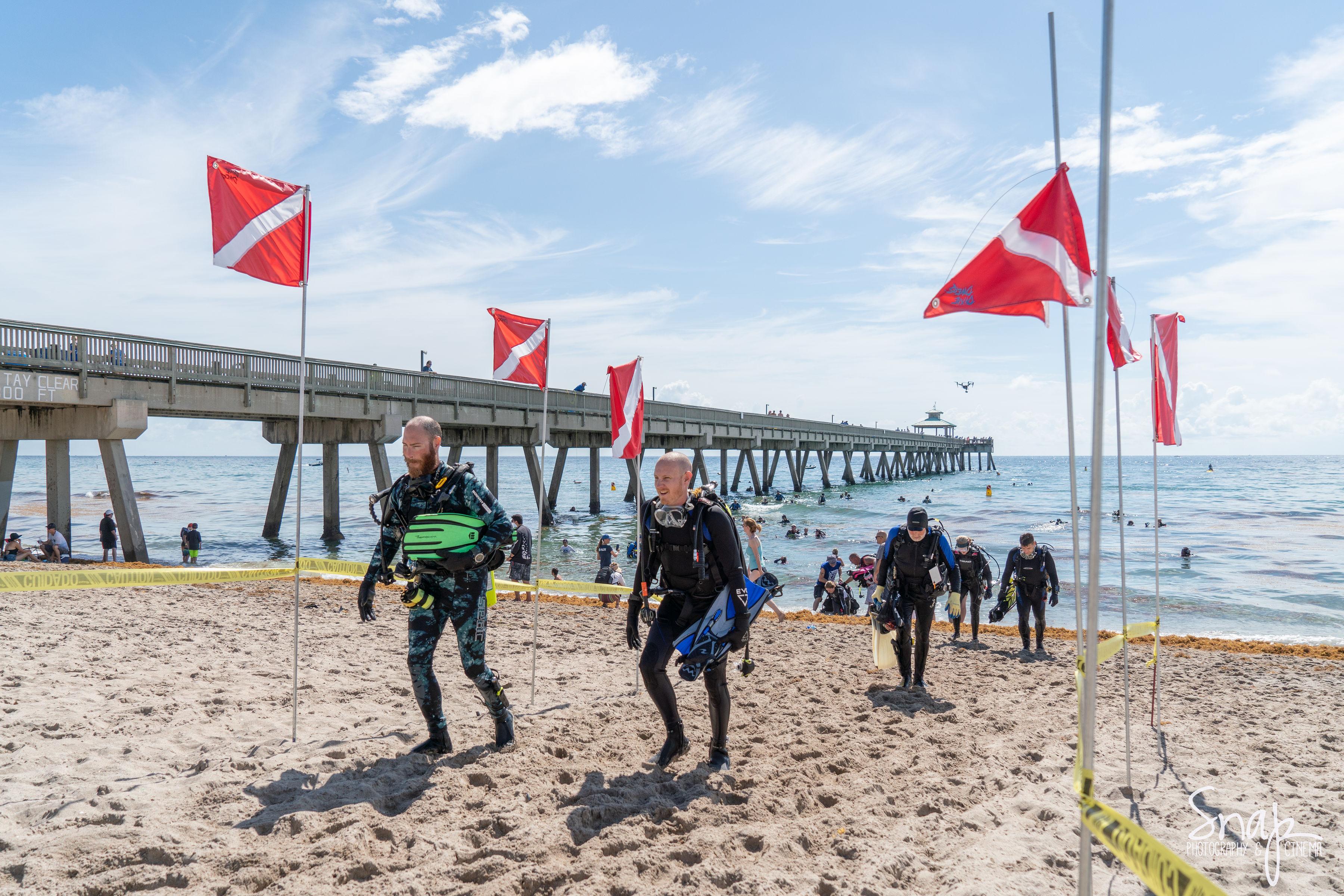 Divers at Deerfield Beach Cleanup