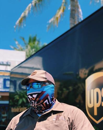 Nomad Surf Shop Mask